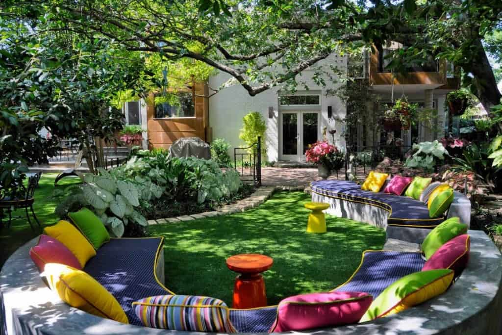 How to Enhance Your Outdoor Living Space