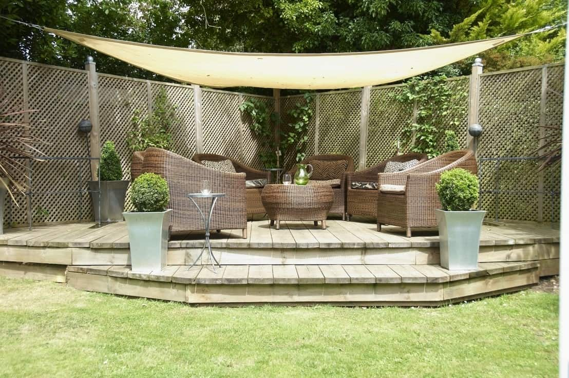 Where to find brilliant garden inspiration a beautiful space for Outdoor patio landscaping