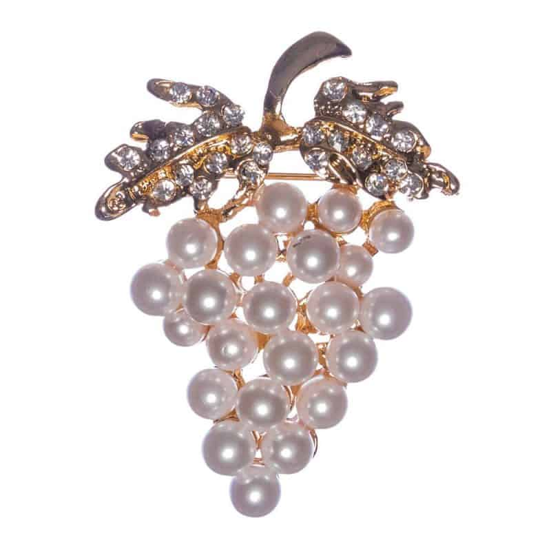 revamp your wardrobe with brooches