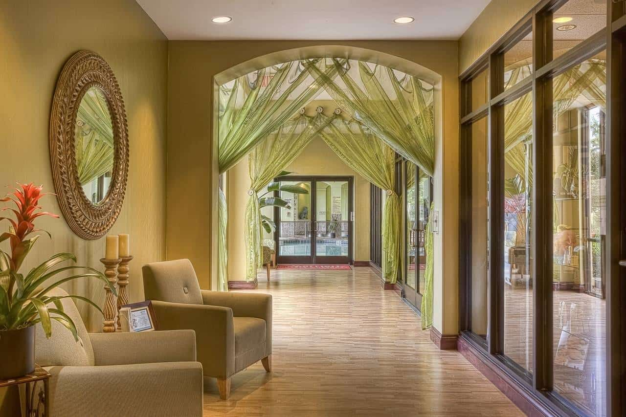Make An Entrance With Your Hallway