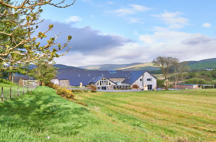 The ultimate venue for large get-togethers in wales