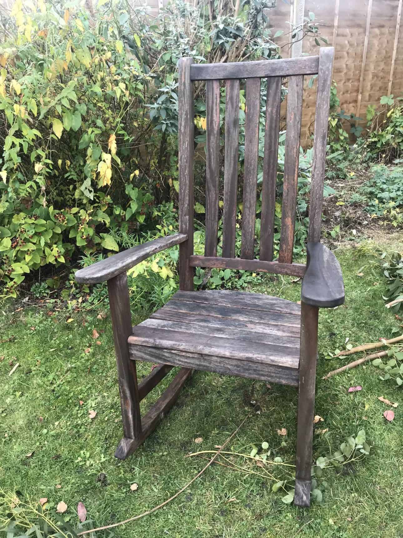 how to prepare garden furniture for winter