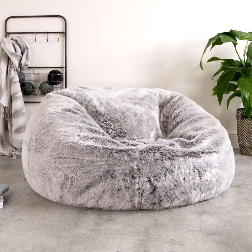 d65585401e27 Win a faux fur bean bag worth £89.99 – a beautiful space