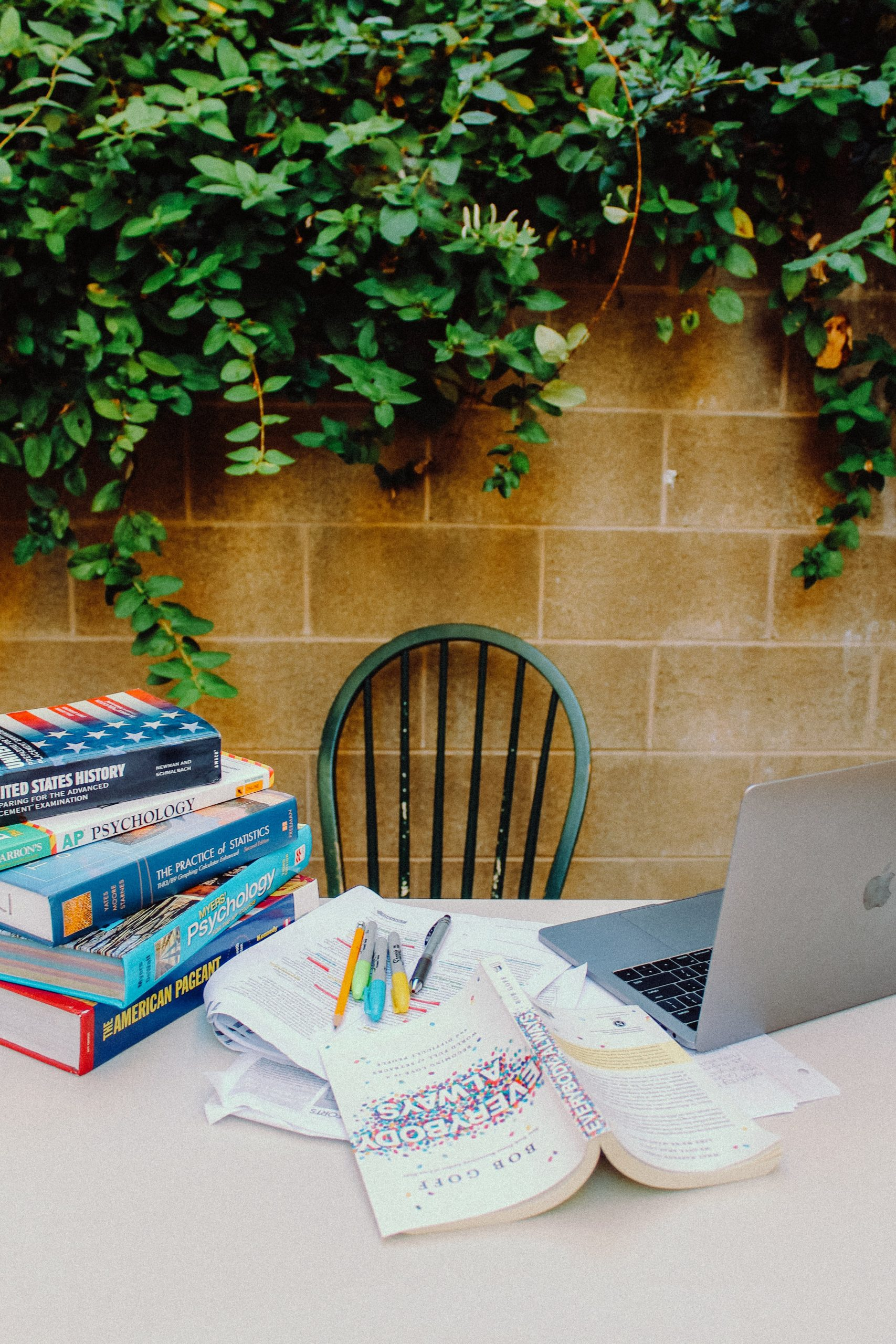 How to find inspiration for writing a research paper