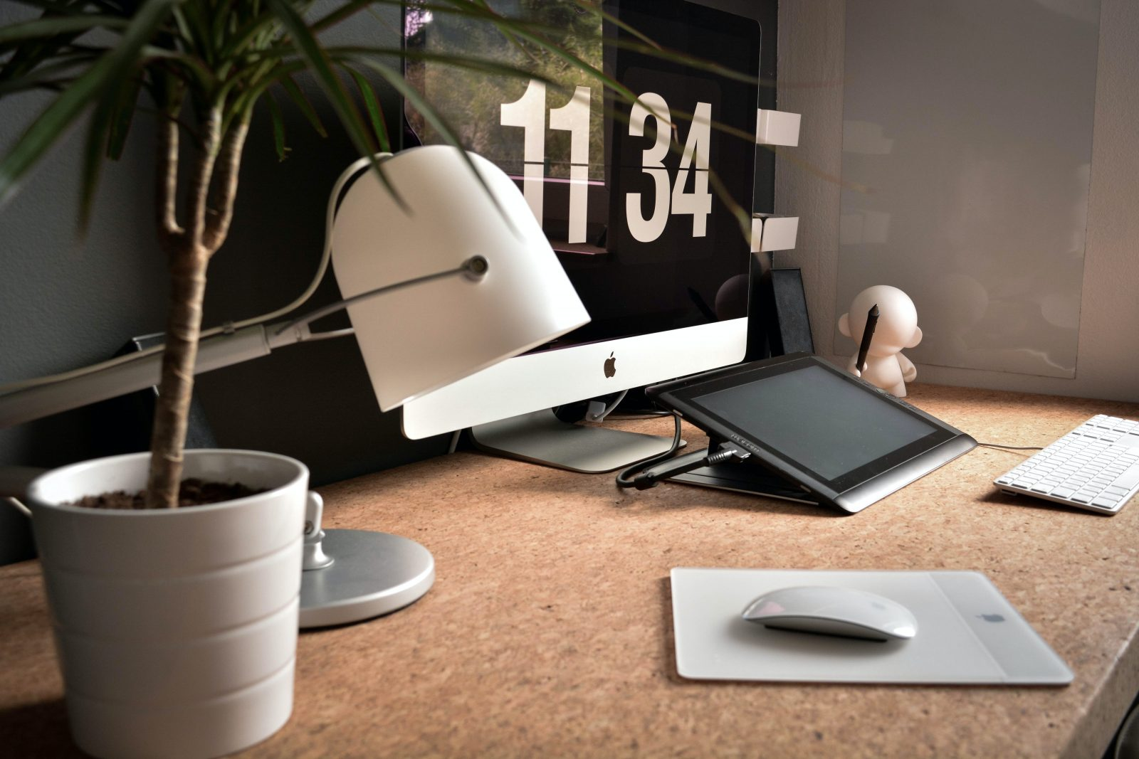 Maximize Space in a Small Home Office