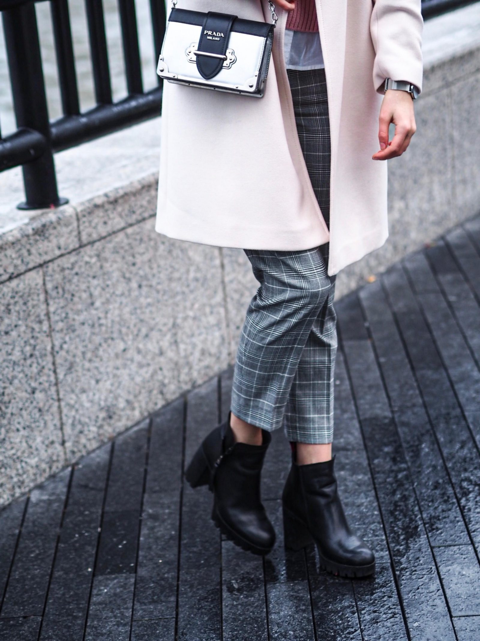 Timeless Pieces That Every Woman Should Have