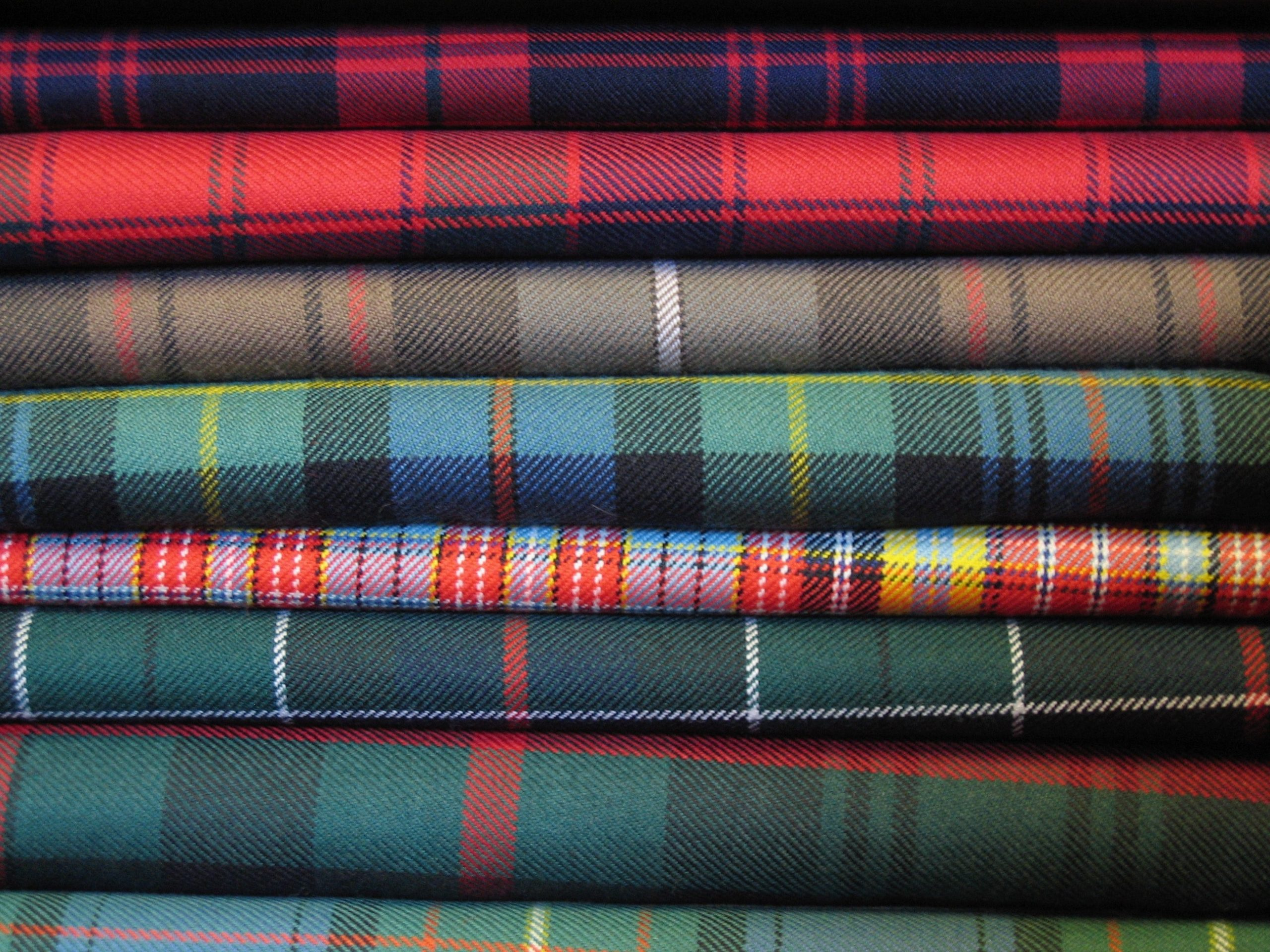 Tartan vs Plaid: what's the difference?