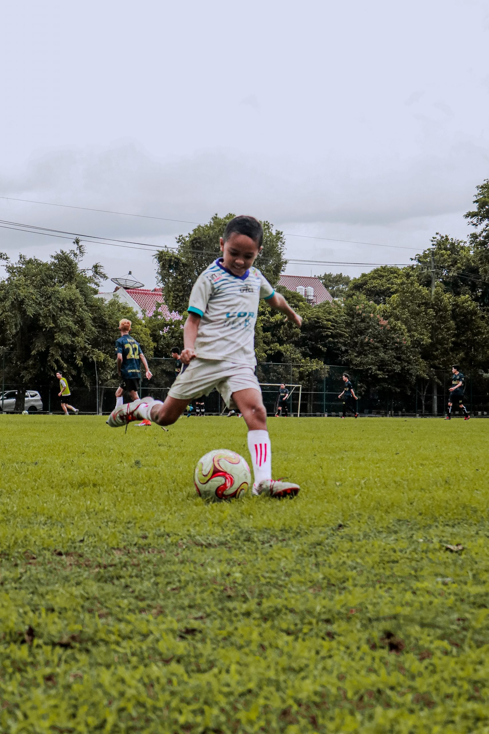 How to Encourage Your Kids to Play Sports without Being Pushy