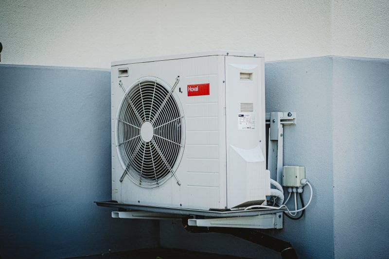 6 Reasons Why Cleaning Your Air Conditioner Regularly Is Important